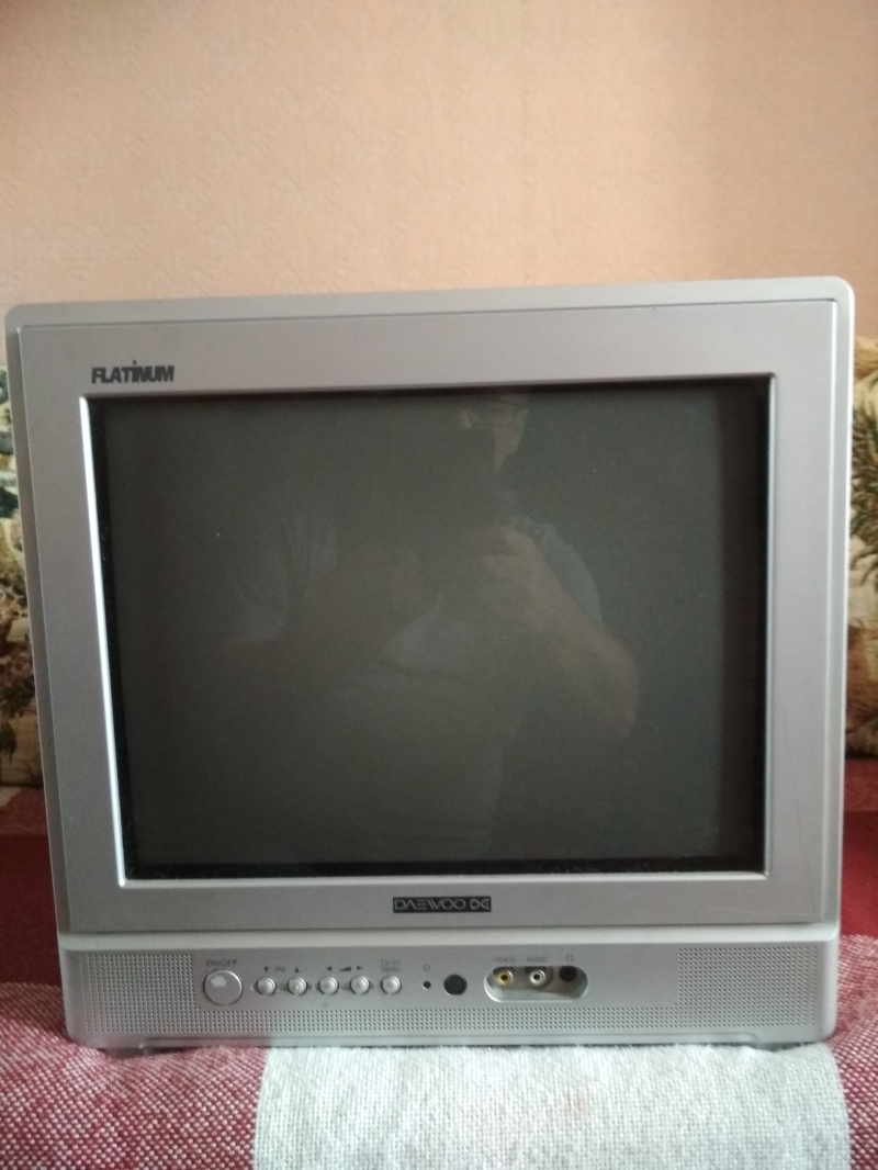 ЭЛТ телевизор Самсунг